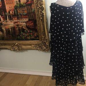 SLNY Dresses - NWT STUNNING POLKA DOT DRESS Size 18w
